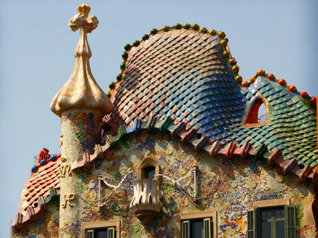 Know all about Gaudi's Casa Batlló in Barcelona